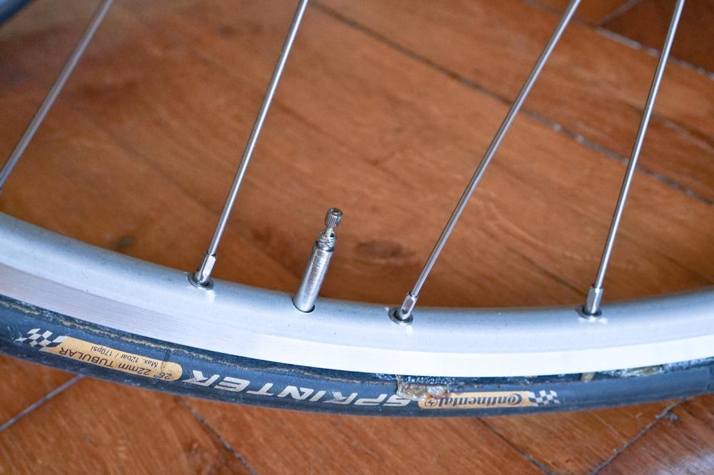 Boyau vélo valve démontable
