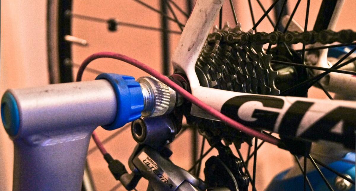 Vélo sur home trainer