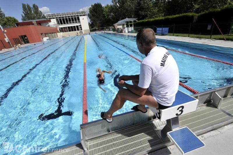 maitre-nageur-piscine
