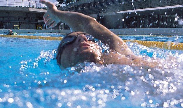 Vous avez mal au dos ? Voici 5 sports qui peuvent soulager la douleur !
